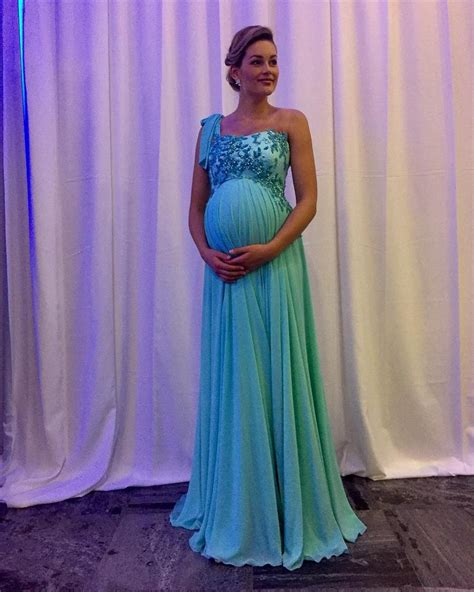 Maternity formal dresses online, pregnant prom gowns jpg 972x1214